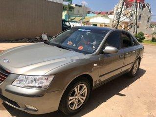 Cần bán lại xe Hyundai Sonata năm 2009 còn mới, giá 300tr
