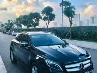 Cần bán xe Mercedes-Benz GLA 200 1.6 AT SX 2015, màu trắng