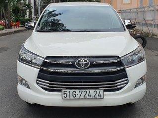 Cần bán Toyota Innova E 2018 mới 90%