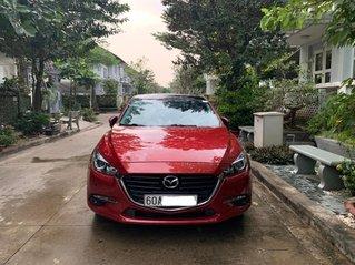 Cần bán Mazda 3 SX 2017 from mới, màu đỏ