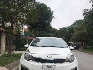Cần bán xe Kia Rio đời 2015, màu trắng