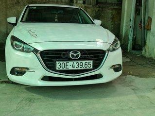 Bán Mazda 3 1.5 AT sản xuất năm 2017 bản phanh tay điện tử màu trắng siêu đẹp giá tốt