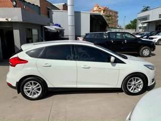 Cần bán Ford Focus 1.5L Trend SX và đăng ký 2019, màu trắng