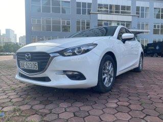 Bán Mazda 3 năm 2017 màu trắng, xe đẹp, chất, giá tốt