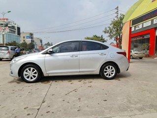 Bán xe Hyundai Accent 1.4MT đời 2019, màu bạc