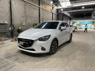 Bán ô tô Mazda 2 năm 2016, màu trắng, xe gia đình. Giá chỉ 428 triệu đồng