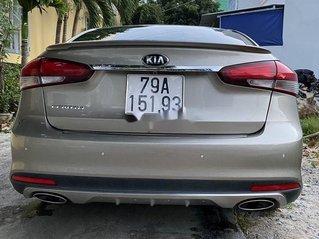 Cần bán lại xe Kia Cerato đời 2017 chính chủ, giá tốt