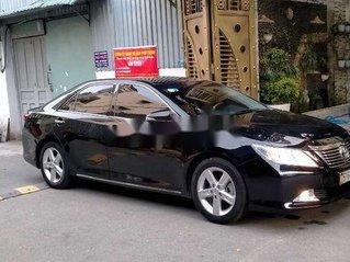 Cần bán gấp Toyota Camry sản xuất 2013 còn mới, giá tốt