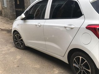 Bán Hyundai Grand i10 năm sản xuất 2016, màu trắng, nhập khẩu, 230tr