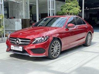 Cần bán gấp Mercedes C class sản xuất năm 2017 còn mới