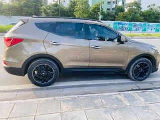 Cần bán Hyundai Santa Fe năm sản xuất 2017, giá bán ra rất hợp lý