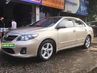 Cần bán xe Toyota Corolla Altis năm 2014 một đời chủ giá ưu đãi