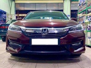 Cần bán gấp chiếc Honda Accord  sản xuất 2016 giá ưu đãi