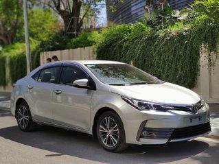 Cần bán Toyota Corolla Altis 1.8 G 2018, lăn bánh 38 000km