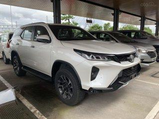 Toyota Fortuner 2.4 4X2 Legender. Giao ngay, giá tốt nhất thị trường