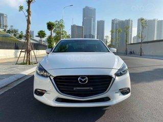 Bán em Mazda 3 1.5 sedan 2018, biển HN, màu trắng