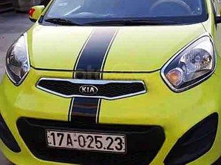 Xe Kia Morning năm sản xuất 2013, màu xanh cốm
