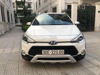 Xe Hyundai i20 Active sản xuất 2015, màu trắng