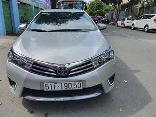 Cần bán xe Toyota Corolla Altis năm 2015, màu bạc