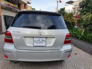 Bán Mercedes GLK 300 đời 2009, màu bạc, xe nhập còn mới