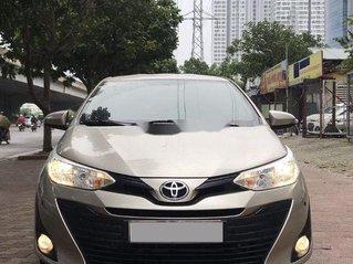Cần bán lại xe Toyota Vios đời 2018, màu vàng còn mới