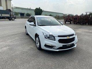 Cần bán lại xe Chevrolet Cruze 2017, màu trắng, giá 345tr