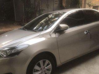 Cần bán lại xe Toyota Vios sản xuất 2017 chính chủ, giá tốt