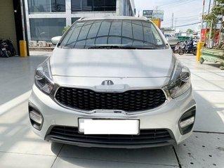 Cần bán Kia Rondo năm 2018, màu bạc chính chủ