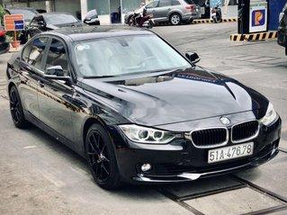 Bán xe BMW 320i 2013, màu đen, giá tốt