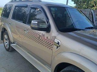 Cần bán lại xe Ford Everest đời 2011, màu hồng phấn