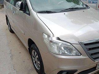 Bán xe Toyota Innova sản xuất năm 2014, giá 365tr