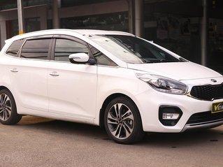 Cần bán xe Kia Rondo 2.0AT 2017, màu trắng