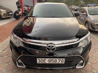 [Hàng hot mới về] Bán Toyota Camry 2.0 E năm 2017 màu đen siêu lướt