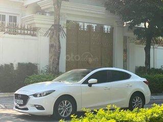 Mazda 3 FaceLift 1.5 SX 2018 màu trắng công tử