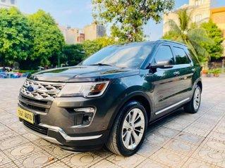 Cần bán nhanh chiếc Ford Explorer sản xuất 2018