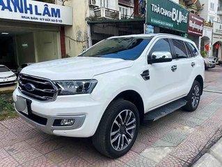 Cần bán xe Ford Everest 2.0 Titanium sản xuất năm 2020, màu trắng