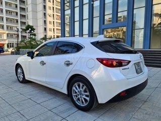 Bán xe Mazda 3 1.5 Hatchback 2015, màu trắng