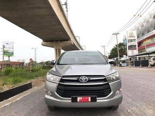 Cần bán gấp chiếc Toyota Innova G đời 2018, giao nhanh
