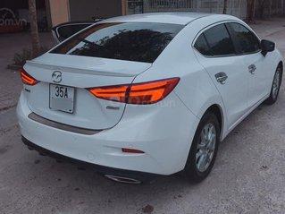 Chính chủ bán xe Mazda 3 FL SX T12/2017 màu trắng