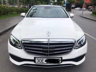 Cần bán Mercedes-Benz E250 đã độ form, SX 2016 ĐK 2017, màu trắng