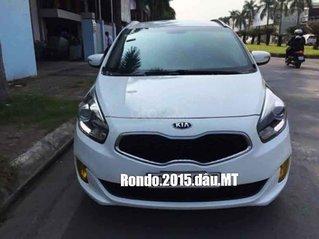Cần bán Kia Rondo 2015, màu trắng chính chủ, giá chỉ 463 triệu