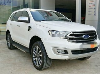 Cần bán lại Ford Everest sản xuất 2019, xe nhập, số tự động