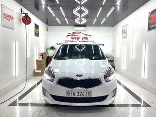 Cần bán gấp Kia Rondo năm sản xuất 2016 còn mới giá cạnh tranh