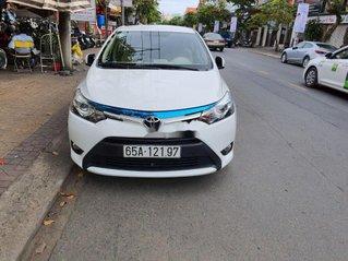 Cần bán lại xe Toyota Vios sản xuất 2017, xe gia đình, giá chỉ 490 triệu
