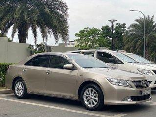 Bán Toyota Camry năm sản xuất 2014, xe gia đình, 689 triệu