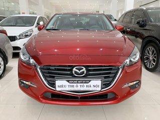 Bán xe Mazda 3 1.5SD màu đỏ, mới đi 21.000km, sx 2019 xe đẹp, trả góp chỉ 211 triệu