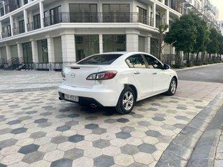 Cần bán gấp Mazda 3 sản xuất năm 2010 còn mới