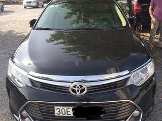 Cần bán Toyota Camry sản xuất 2016 còn mới giá cạnh tranh
