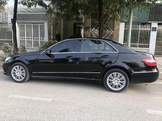 Bán xe Mercedes E class sản xuất năm 2010 còn mới, giá chỉ 680 triệu