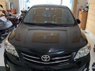 Cần bán xe Toyota Corolla Altis năm 2013 còn mới, giá 530tr
